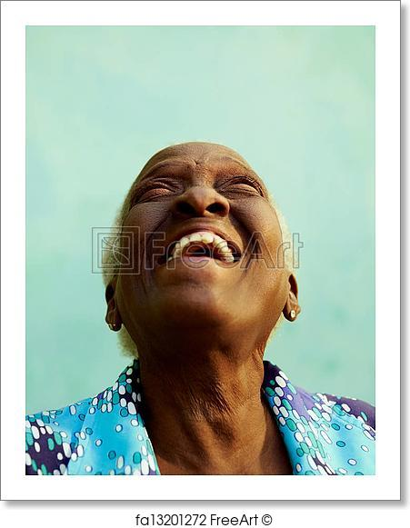 portrait-of-funny-elderly-black-woman-smiling-and-laughing